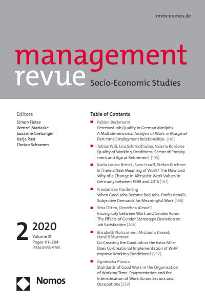 mrev management revue Cover